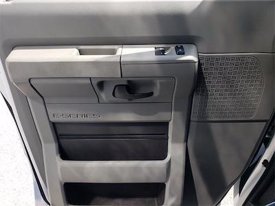 2021 Ford E-350 4x2, Reading Cutaway Van #21F134 - photo 17