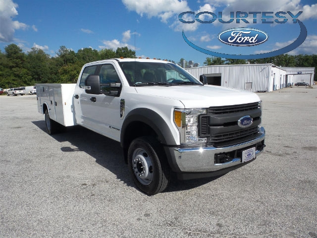 2017 F-450 Crew Cab DRW, Service Body #17T660 - photo 3