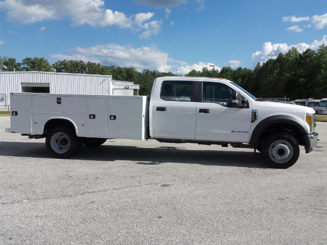 2017 F-450 Crew Cab DRW, Service Body #17T660 - photo 4