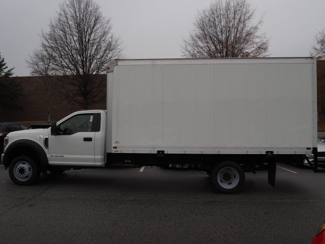 2018 F-550 Regular Cab DRW 4x2,  Cutaway Van #18T1302 - photo 3