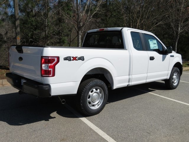 2018 F-150 Super Cab 4x4, Pickup #18T138 - photo 2
