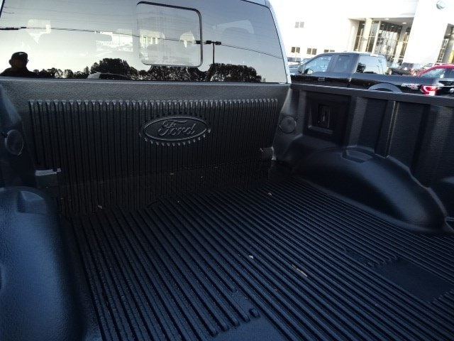 2018 F-150 Crew Cab 4x4, Pickup #18T148 - photo 6