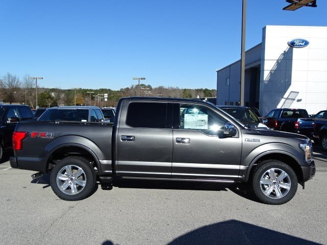 2018 F-150 Crew Cab 4x4, Pickup #18T211 - photo 4
