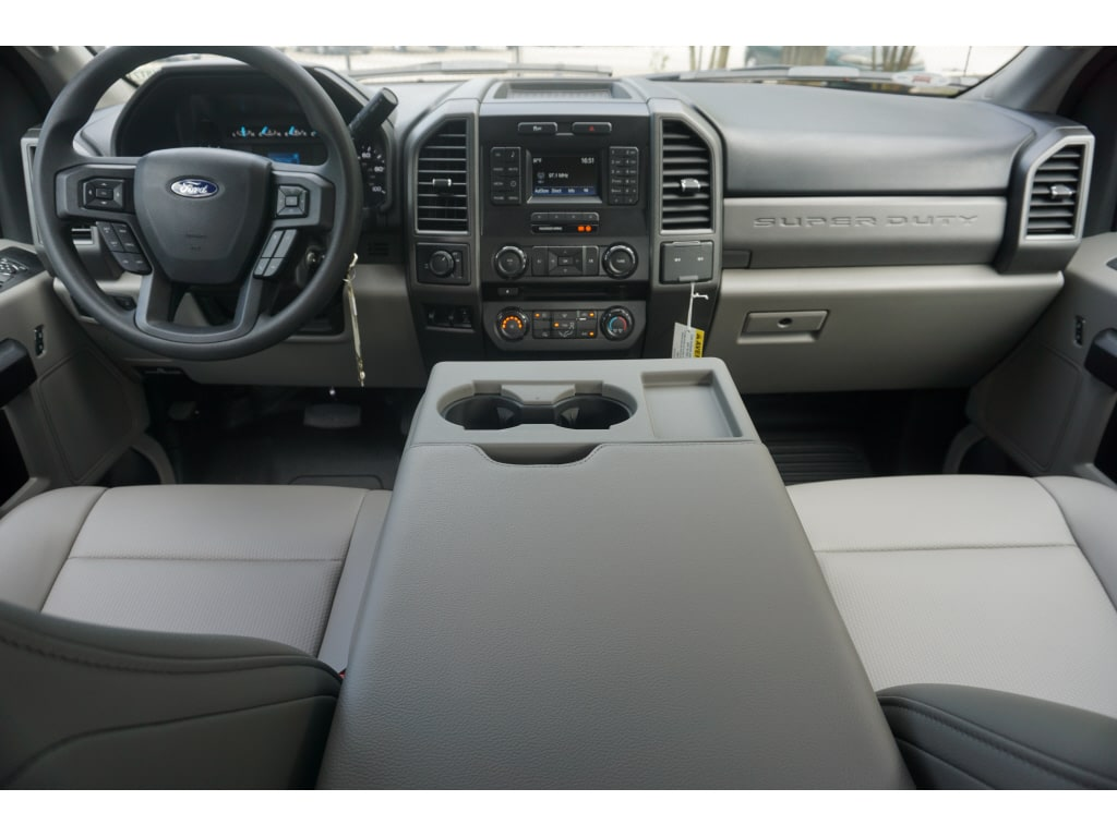 2018 F-250 Super Cab 4x2,  Reading SL Service Body #18T718 - photo 3