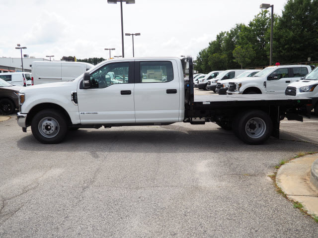 2019 F-350 Crew Cab DRW 4x2,  Knapheide Platform Body #19T048 - photo 3