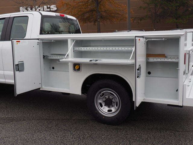 2019 F-250 Super Cab 4x2,  Reading Service Body #19T369 - photo 10
