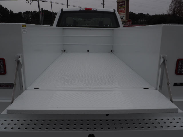 2019 F-250 Super Cab 4x2,  Reading Service Body #19T369 - photo 5