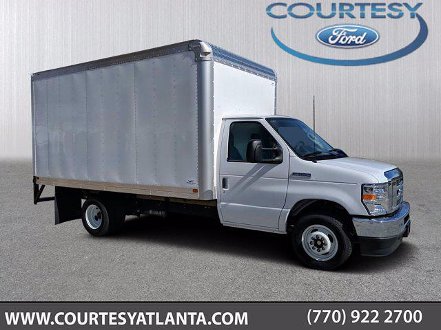 2021 Ford E-350 4x2, Smyrna Truck Cutaway Van #21T010 - photo 1