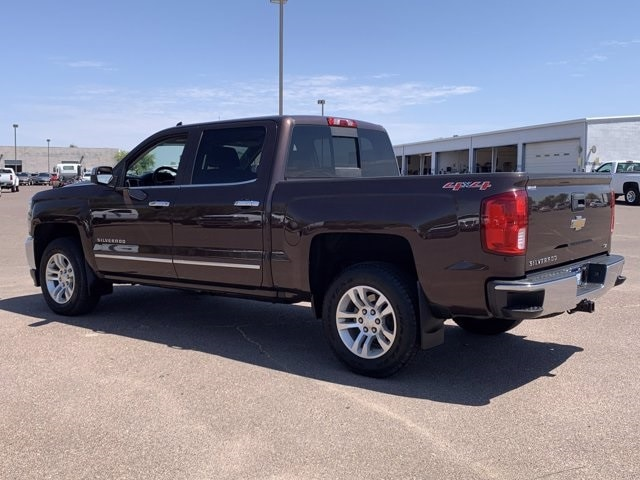 2016 Chevrolet Silverado 1500 Crew Cab 4x4, Pickup #C7781 - photo 2