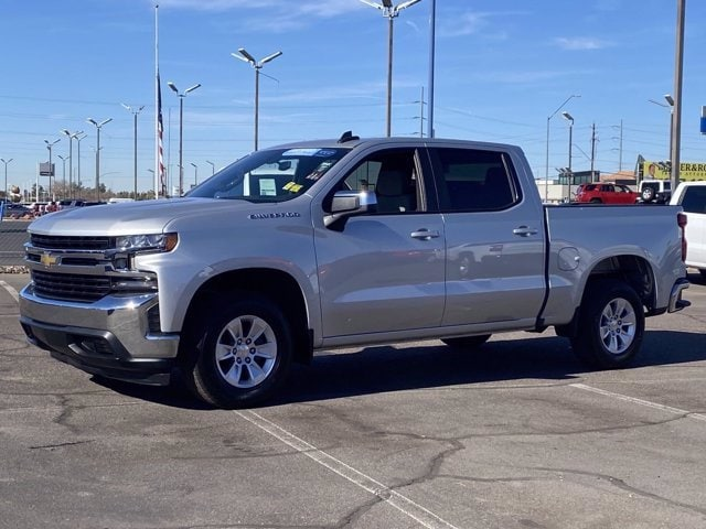 2020 Chevrolet Silverado 1500 Crew Cab 4x2, Pickup #CC8031 - photo 3