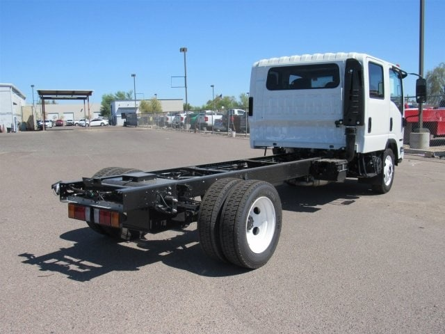 2018 NPR-HD Crew Cab 4x2,  Cab Chassis #JS806628 - photo 3