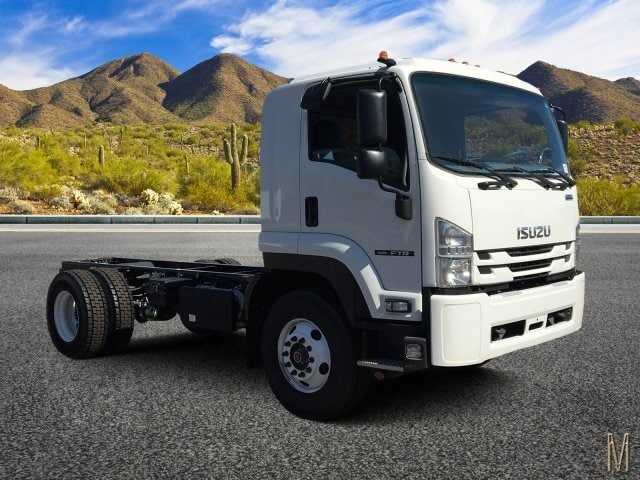 2018 FTR Regular Cab 4x2,  Cab Chassis #JSG00462 - photo 1