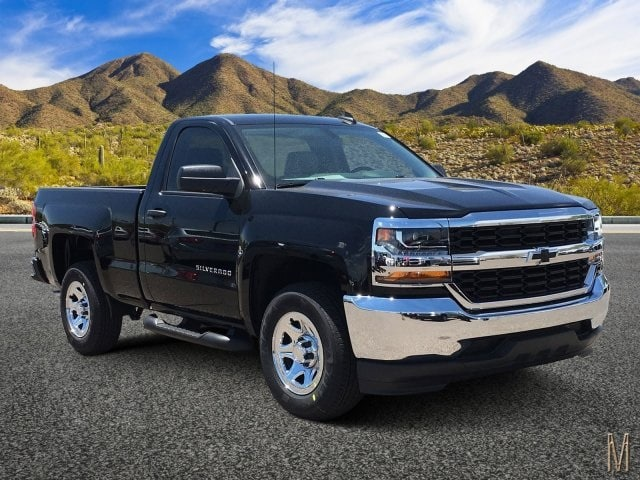 2018 Silverado 1500 Regular Cab 4x2,  Pickup #JZ376904 - photo 1
