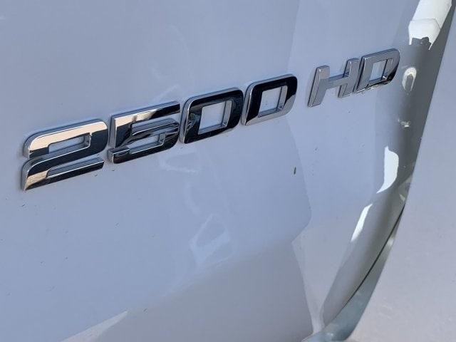2019 Silverado 2500 Double Cab 4x2, Harbor TradeMaster Service Body #K1217413 - photo 8