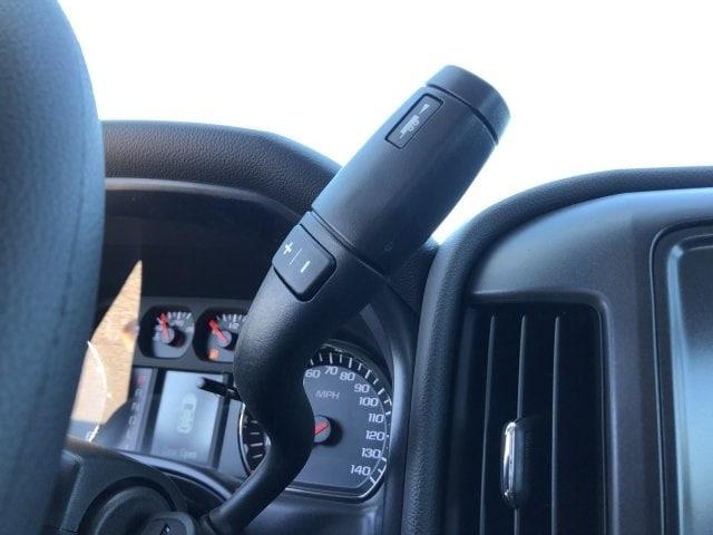 2019 Silverado 2500 Double Cab 4x2,  Royal Service Body #K1220111 - photo 21