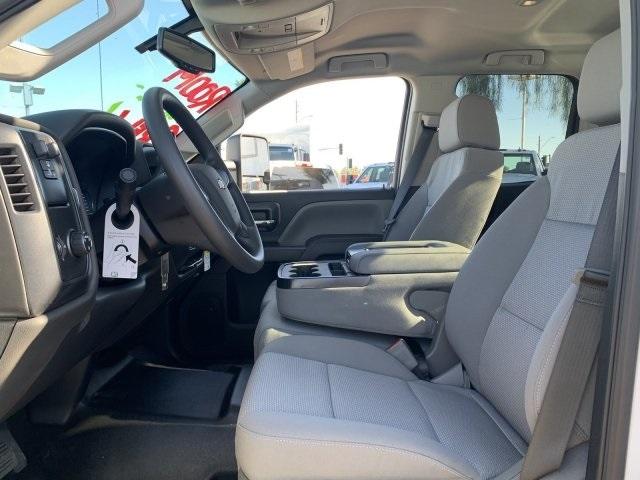 2019 Silverado 2500 Double Cab 4x2, Harbor TradeMaster Service Body #K1224407 - photo 17