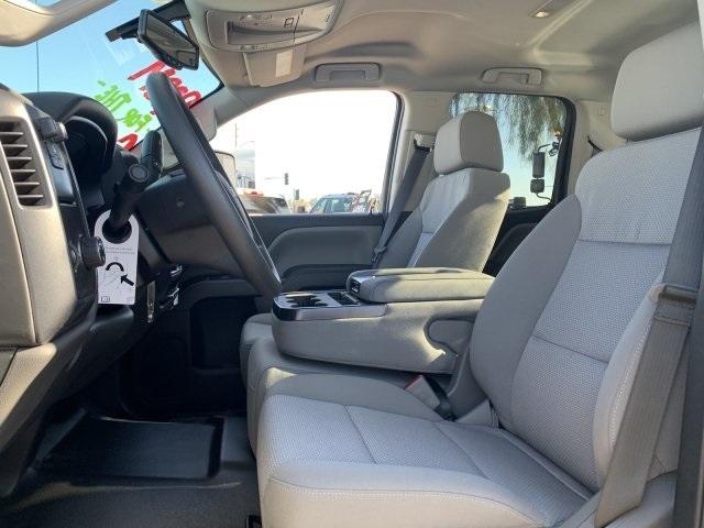 2019 Silverado 2500 Double Cab 4x2, Harbor TradeMaster Service Body #K1224407 - photo 18