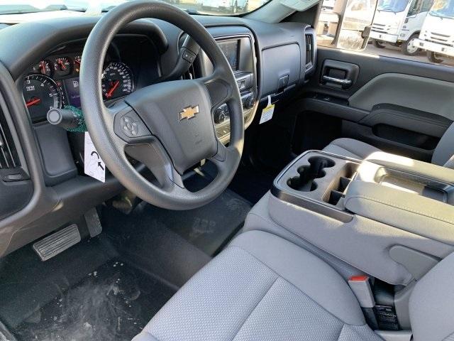 2019 Silverado 2500 Double Cab 4x2, Harbor TradeMaster Service Body #K1224867 - photo 17