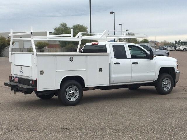 2019 Silverado 2500 Double Cab 4x2, Harbor TradeMaster Service Body #K1225026 - photo 4