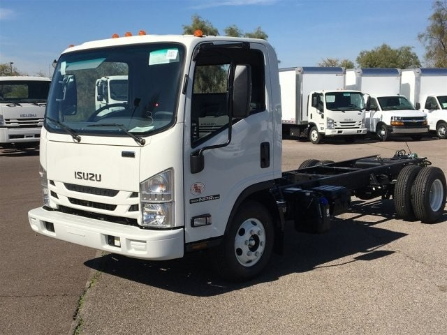 2019 NPR-HD Regular Cab 4x2,  Cab Chassis #K7010675 - photo 3