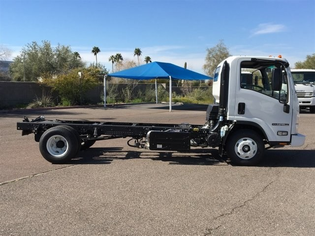 2019 NPR-HD Regular Cab 4x2,  Cab Chassis #K7010675 - photo 6