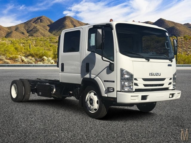 2019 NQR Crew Cab 4x2,  Cab Chassis #K7901468 - photo 1