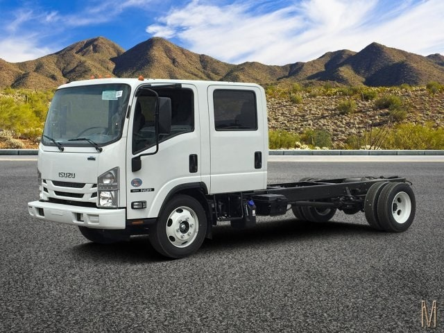 2019 NQR Crew Cab 4x2, Cab Chassis #K7901876 - photo 1