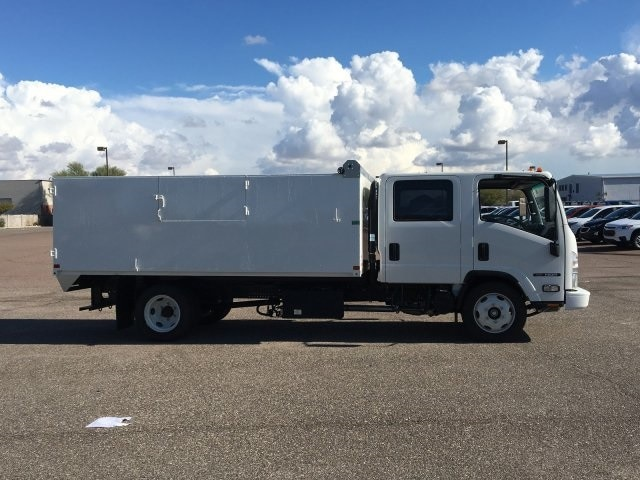 2019 NQR Crew Cab 4x2, United Truck Bodies Landscape Dump #K7901876 - photo 4