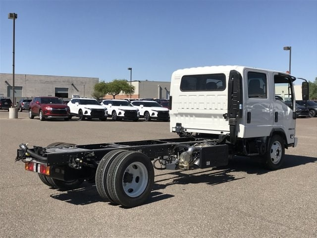 2019 NQR Crew Cab 4x2,  Cab Chassis #K7901923 - photo 4