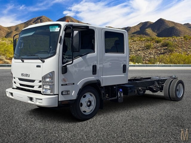 2019 NQR Crew Cab, Cab Chassis #K7901932 - photo 1