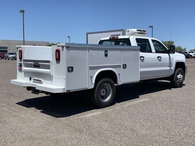 2019 Silverado 3500 Crew Cab DRW 4x2,  Knapheide Standard Service Body #KF210154 - photo 4