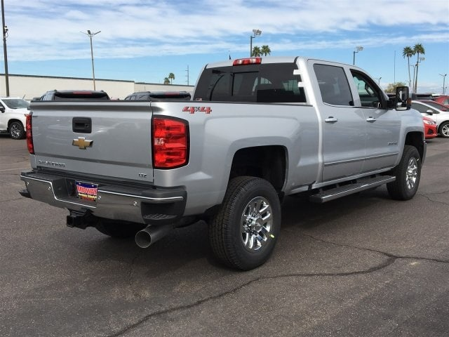 2019 Silverado 2500 Crew Cab 4x4,  Pickup #KF216149 - photo 1