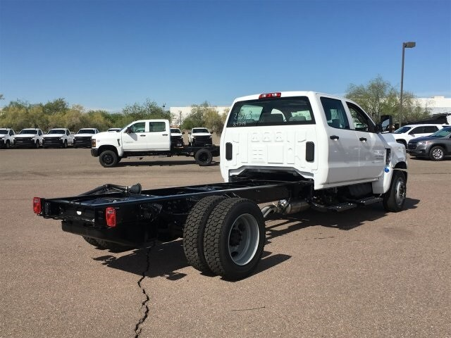 2019 Silverado Medium Duty Crew Cab DRW 4x2,  Cab Chassis #KH253943 - photo 4