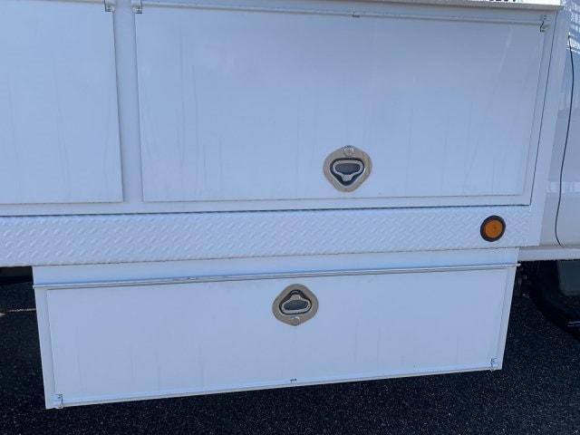 2019 Silverado 5500 Regular Cab DRW 4x2, Royal Contractor Body #KH293810 - photo 14