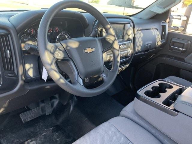 2019 Silverado 5500 Regular Cab DRW 4x2, Royal Contractor Body #KH293810 - photo 18