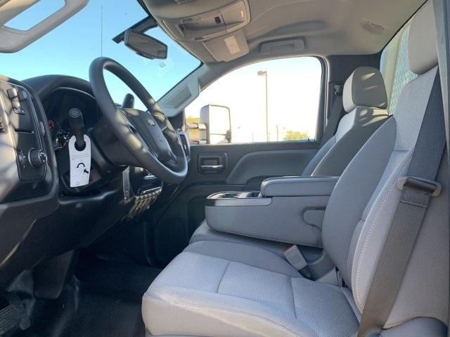 2019 Silverado 5500 Regular Cab DRW 4x2, Royal Contractor Body #KH293810 - photo 19