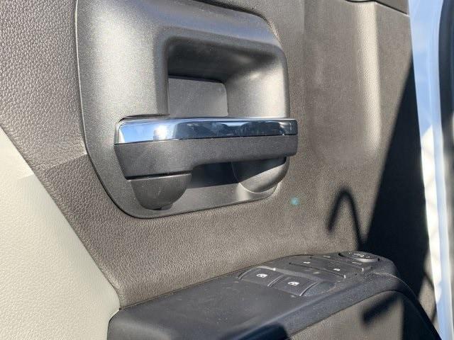 2019 Silverado 5500 Regular Cab DRW 4x2, Royal Contractor Body #KH293810 - photo 22