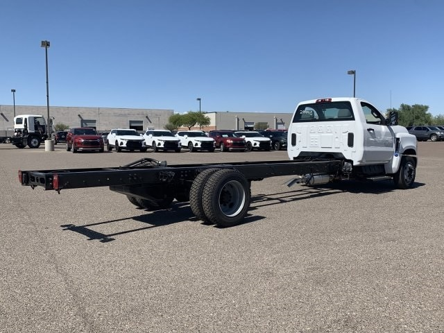 2019 Silverado Medium Duty Regular Cab DRW 4x2,  Cab Chassis #KH299915 - photo 4