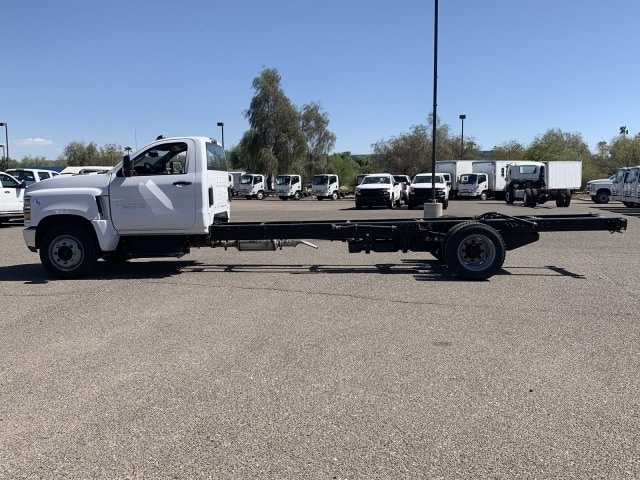 2019 Silverado Medium Duty Regular Cab DRW 4x2,  Cab Chassis #KH299915 - photo 5