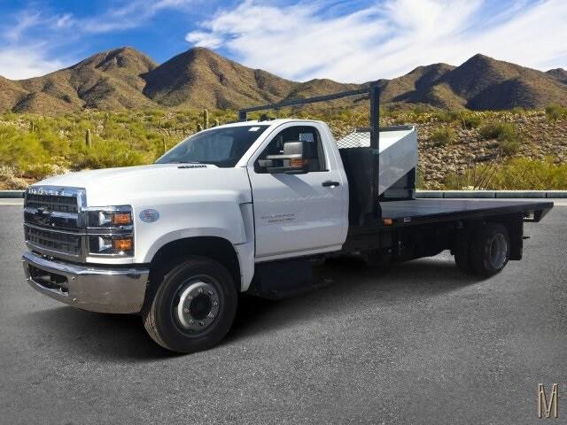 2019 Silverado 5500 Regular Cab DRW 4x2, Drake Equipment Platform Body #KH352336 - photo 1