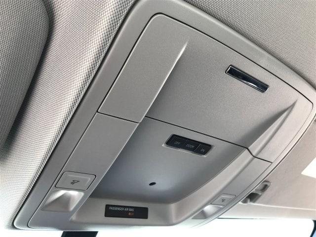 2019 Silverado Medium Duty DRW 4x2,  Cab Chassis #KH415267 - photo 18