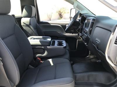 2019 Silverado Medium Duty DRW 4x2,  Cab Chassis #KH415267 - photo 10