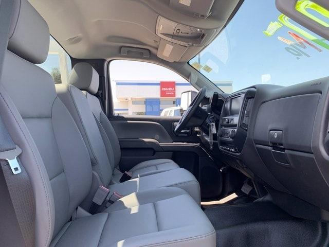 2019 Chevrolet Silverado 5500 Regular Cab DRW RWD, Harbor ComboMaster Combo Body #KH598101 - photo 12