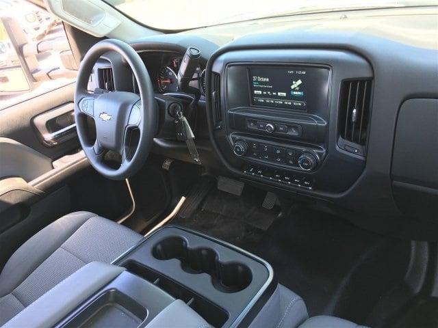 2019 Silverado Medium Duty Regular Cab DRW 4x2,  Royal Contractor Body #KH886109 - photo 16