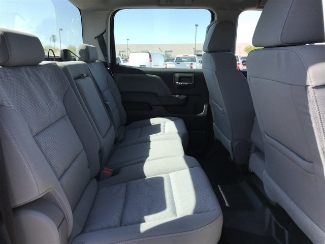 2019 Silverado Medium Duty Crew Cab DRW 4x2,  Cab Chassis #KH886111 - photo 10
