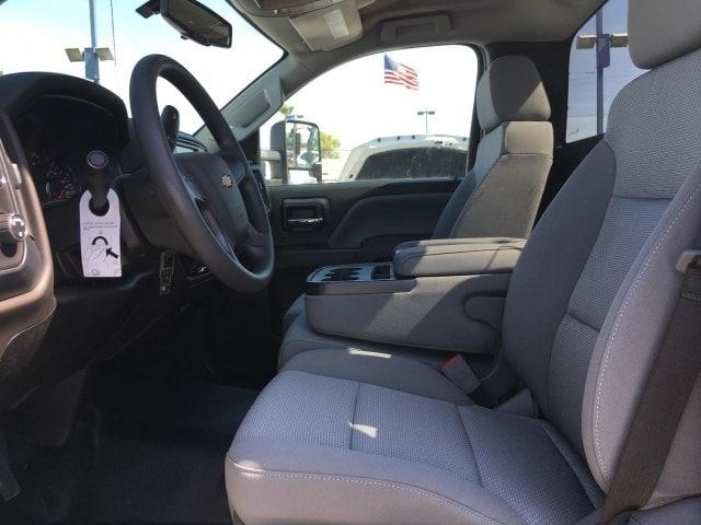 2019 Silverado Medium Duty Regular Cab 4x4,  Cab Chassis #KH886122 - photo 10