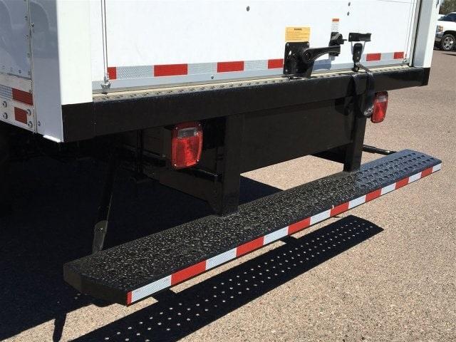 2019 Express 4500 4x2,  Morgan Parcel Aluminum Cutaway Van #KN007209 - photo 7