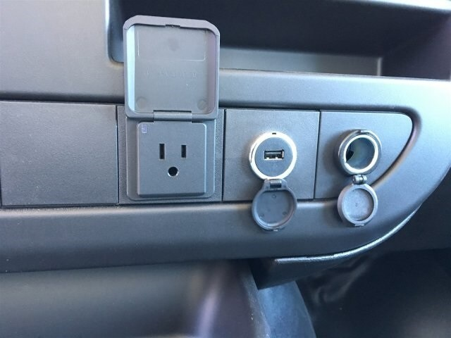 2019 Express 4500 4x2,  Morgan Parcel Aluminum Cutaway Van #KN007209 - photo 17