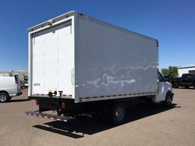 2019 Express 4500 4x2,  Morgan Parcel Aluminum Cutaway Van #KN007209 - photo 4