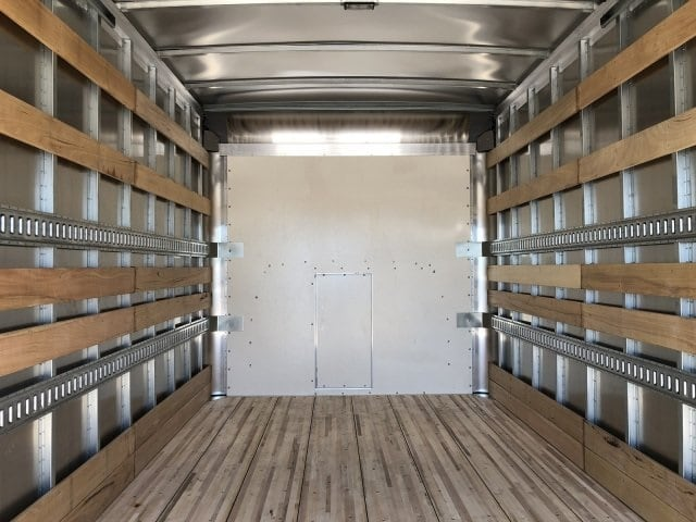 2019 Express 4500 4x2,  Morgan Parcel Aluminum Cutaway Van #KN007243 - photo 11
